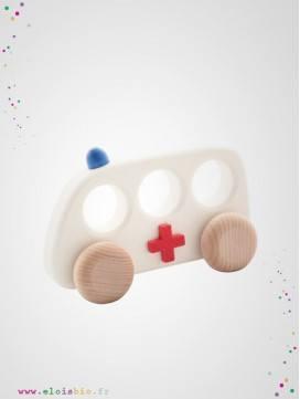 Ambulance en bois