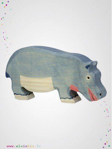 Hippopotame mangeant en bois